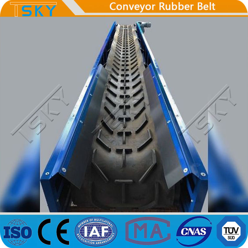 Rubber Conveyor Belt Open V Chevron Shape Herring-Bone Pattern